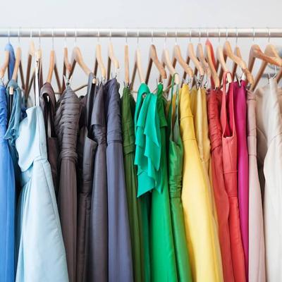 Какая выгода покупать одежду оптом?