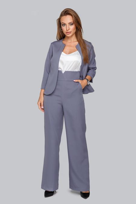 Костюм 19-95 тройка жакет брюки и майка из софта серый. Купить оптом и в розницу