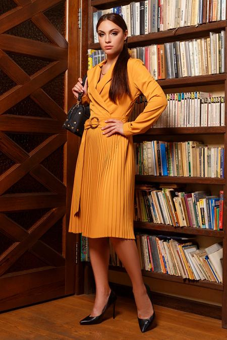 Платье 20-067-32 плиссе горчица. Купить оптом и в розницу