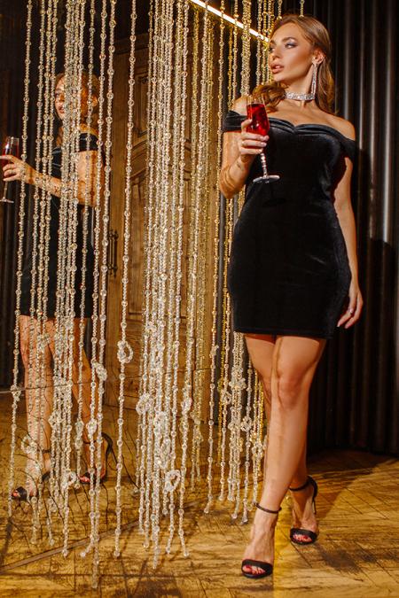 Платье 19-132 велюр черное. Купить оптом и в розницу